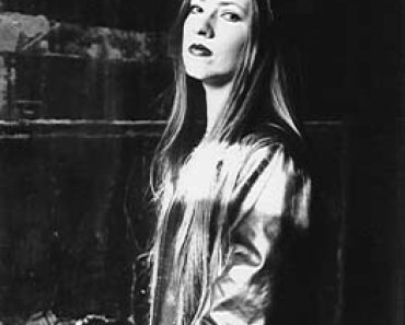 Kim Nielsen-Parsons bass