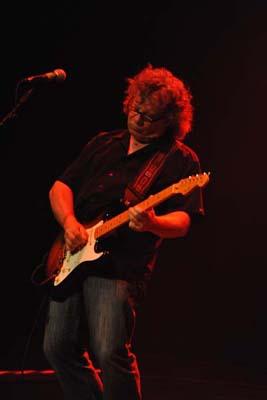 Brian Greenway Interview: April Wine Guitarist talks Guitar Tone (March 2010)