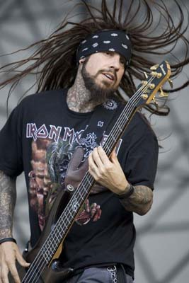 Fieldy Interview – Korn Bassist talks Remember Who You Are