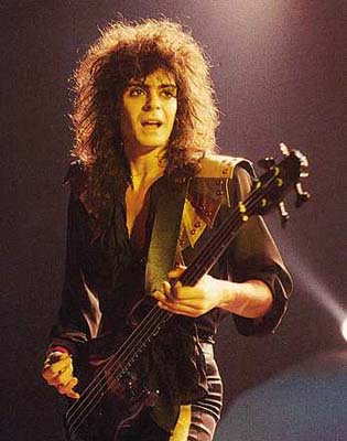 Phil Soussan bass