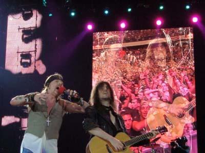 Ron Thal Interview: Guns N' Roses guitarist talks amplifiers | June 2010