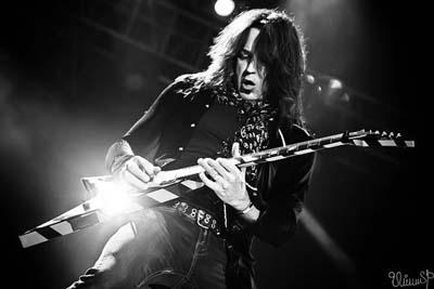 Michael Sweet Stryper guitarist