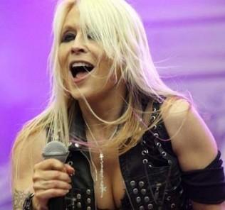 Doro Pesch singer live