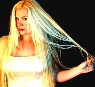 Amanda Somerville blonde hair