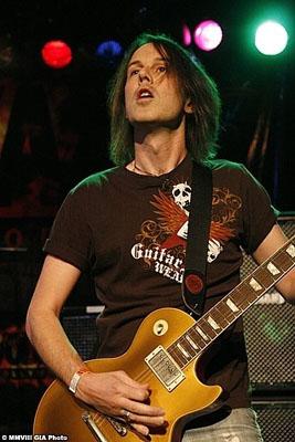 Rowan Robertson Interview 2011: Dio Guitarist