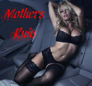 Mothers Ruin blonde in nylons