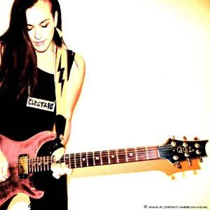 Donna Grantis guitar