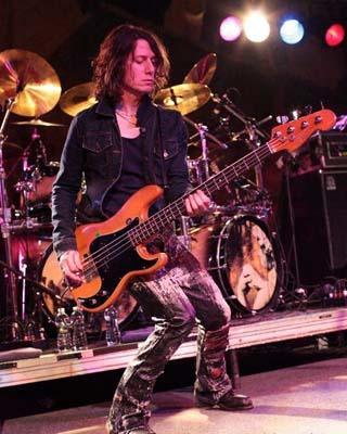 Rob De Luca Interview – UFO Bassist – 2012