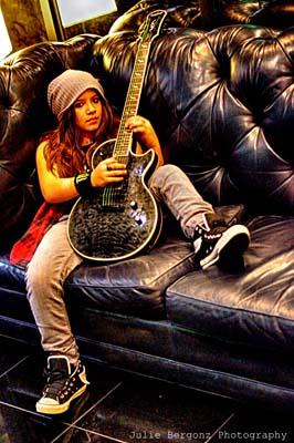 Nik Kai guitar