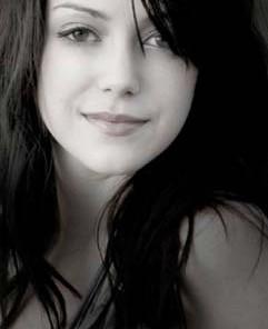 Liz Lohnes singer