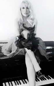 Sonya Kahn piano