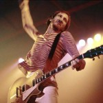 Pete Townshend swinging on gibson guitar