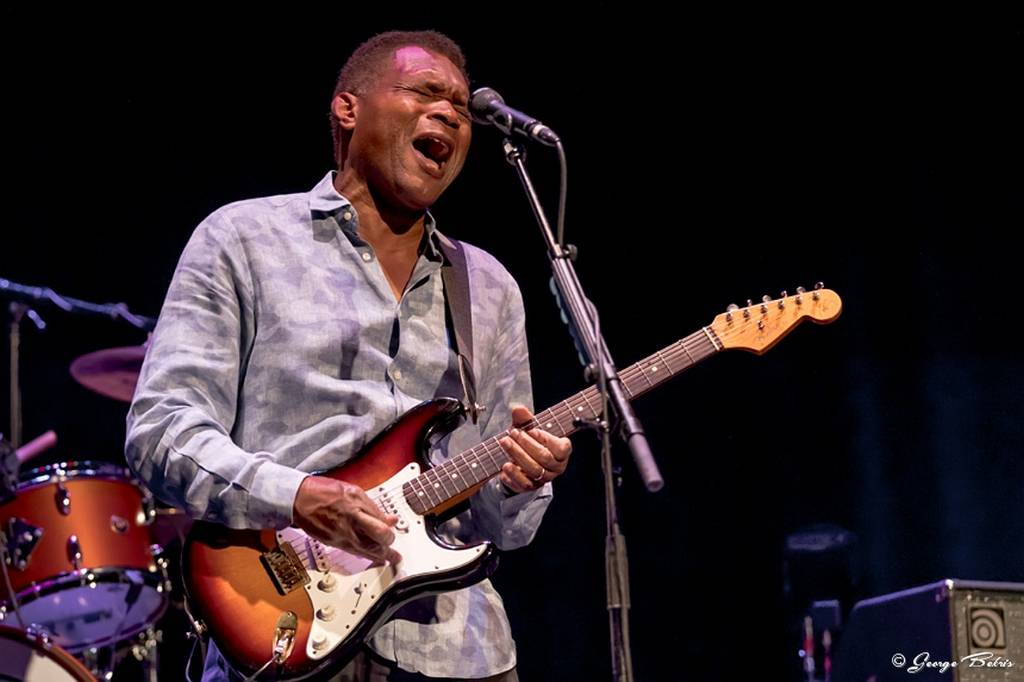 The Robert Cray Band The Garde Arts Center 2017
